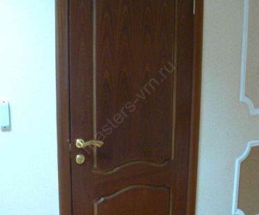 Монтаж дверного блока