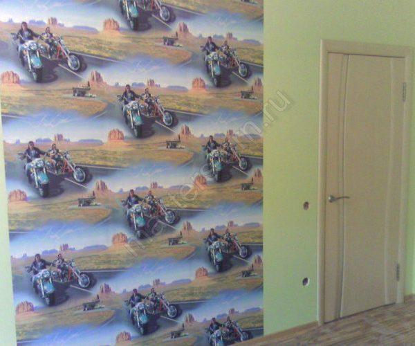 Наклейка фотообоев на стены